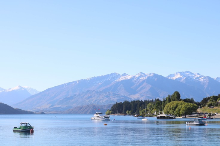 Photograph of Lake Wanaka with the Southern Alps showing behind.